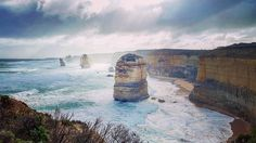 Today we took a trip along the Great Ocean Road on the first leg of our trip towards Adelaide. We stopped off at the 12 Apostles which is a must on anyones list while in Australia #Australia #GreatOceanRoad #GOR #TwelveApostles #12Apostles #Oz #DownUnder #Cliffs #Travel #Blog #TravelBlog #TravelGram #InstaTravel #RoyalTravelBlog #Wanderlust #Bucketlist #Adventure #Explore #Sea #Waves #Sand #Scenic #POTD by royaltravelblog