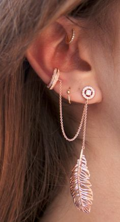 ❤️rose gold ❤️the inner ear piercing Ear Jewelry, Cute Jewelry, Body Jewelry, Jewelry Accessories, Fashion Accessories, Fashion Jewelry, Jewlery, Bling Bling, Cute Piercings