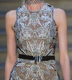 patternprints journal: PRINTS, PATTERNS, TEXTURES AND TEXTILE SURFACES FROM LONDON FASHION WEEK (WOMENSWEAR F/W 2015-16) / Julien Macdonald.