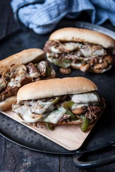 Cheese Steak Sandwich are a must-make! Simple and delicious, the perfect meal to feed to a hungry group.Philly Cheese Steak Sandwich are a must-make! Simple and delicious, the perfect meal to feed to a hungry group. Philly Cheese Steaks, Philly Cheese Steak Sandwich Recipe Easy, Steak And Cheese Sub, Philly Sandwich, Easy Sandwich Recipes, Beef Sandwich, Steak Sandwiches, Burger Recipes, Phili Cheese Steak Sandwich