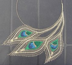 Bobbin Lace Necklace by thebugroom Peacock Jewelry, Lace Jewelry, Jewelry Crafts, Jewelery, Peacock Necklace, Bobbin Lacemaking, Bobbin Lace Patterns, Lace Necklace, Point Lace