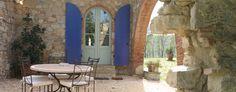 Casale Vemignano. Guest Annex Patio.