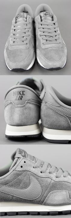 All grey everything: Nike Air Pegasus 83' Mercury Grey