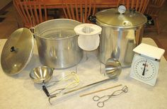 Getting Started with Home Canning -We cover everything you need to get started, including a great list of recipes. Home canning basics. Equipment needed for water bath/pressure canning. Will my pressure canner explode? Canning Salsa, Canning Tips, Home Canning, Canning Recipes, Canned Salsa Recipes, Fresco, Canning Equipment, Water Bath Canning, Canned Food Storage
