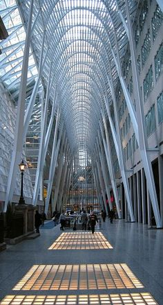"Santiago Calatrava, ""Allen Lambert Galleria"", 1987-1992, a six-story atrium that connects city squares at Brookfield Place, Toronto, Ontario."