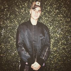 That Justin Bieber glow up is real Justin Bieber News, I Love Justin Bieber, Bae, Beautiful Brown Eyes, Famous Musicians, Perfect Boy, Celebrity Crush, Pop Culture, Instagram