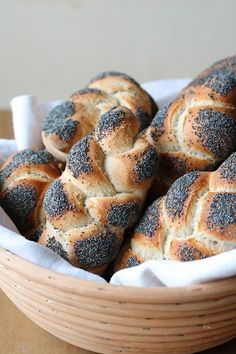Bread Rolls, Bagel, Bread Recipes, French Toast, Muffin, Snacks, Homemade, Baking, Breakfast