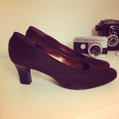 Pumps brown leather size 375 or 7 US or 45 UK perfect by Typolove, €34.00