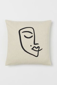 Embroidered Cushion Cover - Light beige/face - Home All Art Abstrait Ligne, Abstract Face Art, Face Home, Embroidered Cushions, H&m Home, Light Beige, Line Drawing, Line Art, Pillow Covers