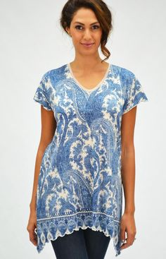 0e7be6f7041 This long tunic is perfect for the summer, its colors will surely get you  to. Amma Design