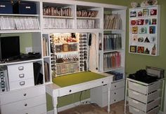 This is a work station that Sharon designed and built.  Check out more photos of her scrapbook room at   http://www.sharonsscrappyspace.com/p/my-scappy-space.html