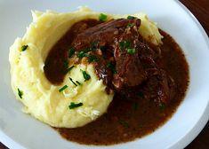 Mashed Potato Bar, Mashed Potatoes, Czech Recipes, Ethnic Recipes, Modern Food, Cast Iron Dutch Oven, Ham, Food And Drink, Vegetarian