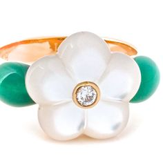 VAN CLEEF Mother of Pearl Ring