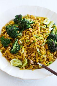 Sunshine Pad Thai (Vegetarian)