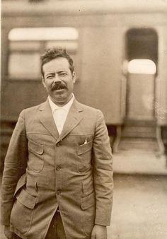 10. Pancho Villa pasó de campesino a revolucionario.