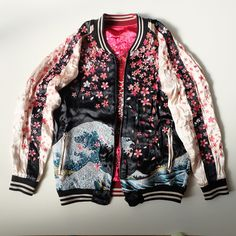 Japan SAKURA Cherry Blossoms Katsushika Hokusai Wave KOI Souvenir Sukajan Jacket - Japan Lover Me Store