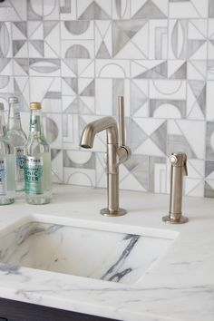 .25 One Hole High Profile Faucet, Metal Handle and Metal Spray