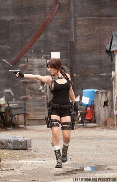 Epic Lara Croft cosplay
