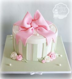 Gift box cake celebration cakes pinterest gift box cakes vintage hatbox cake gift box negle Image collections