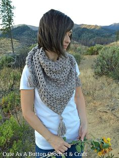 Make this beautiful triangle scarf with Lion Brand Heartland!