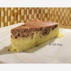 Just Be Fit Be Strong!: Sernik jogurtowo-twarogowy z kakao Cheesecakes, Tiramisu, Banana Bread, Food And Drink, Healthy Recipes, Healthy Foods, Ale, Ethnic Recipes, Fitness