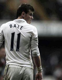 Gareth Bale of Tottenham. Gareth Bale of Tottenham. Soccer Guys, Soccer Stars, Football Players, Real Madrid Football, Men's Football, Gareth Bale Wales, Tottenham Hotspur Players, European Men, Sport Inspiration