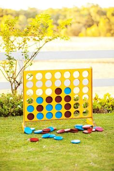 Wedding Fanatic » Giant Connect 4. Best. lawn game. EVER.
