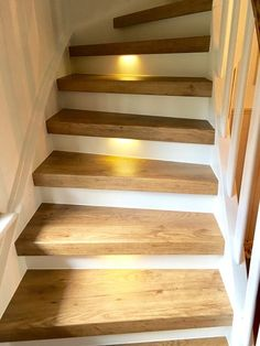 Treppenrenovierung und Treppensanierung von Vinylstufen Vinyltreppen Renovate stairs with vinyl steps from staircase renovation cabinet Modern Staircase, Staircase Design, Stair Design, Stair Renovation, Escalier Design, Staircase Makeover, Wooden Stairs, Stairs Vinyl, Stairways