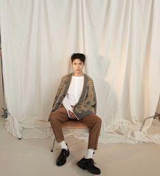 Kyungsoo for Marie Claire, October 2018 issue Knock Knock, Baekhyun, How To Draw Anything, Kai, Exo Korean, Korean People, Exo Do, Kim Minseok, Wattpad