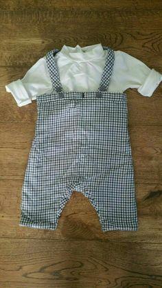 57efe35afe005 À vendre sur  vintedfrance ! http   www.vinted.fr mode-enfants sandales-and-nu-pieds 38094674-espadrilles-enfant-neuves-blanc-et-rouge