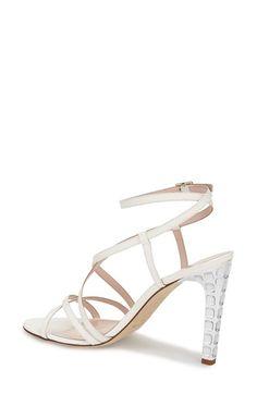 e4d52607e5de24 9 Best Wedding shoes images