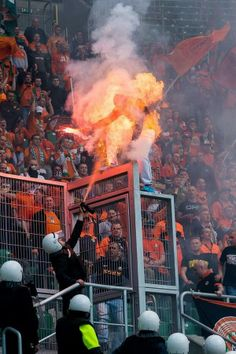 Soccer Flare + Pepper Spray = Polish Fan on Fire! Amazing Photo - Soccer Security in Poland Learn Flares & Pepper Spray Don't Mix Soccer Match, Soccer Fans, Football Fans, Ronaldo Football, Worst Day, Security Guard, Perfect Timing, Having A Bad Day, Cool Photos