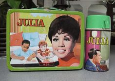 As vintage lunch boxes go, this one has a desirability factor of zero.