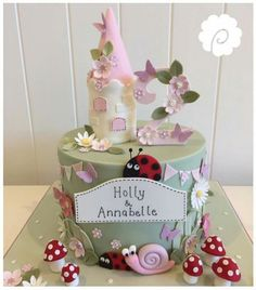 Ben and holly Fairy Birthday Cake, Birthday Cake Girls, 2nd Birthday Parties, Third Birthday, Birthday Ideas, Ben And Holly Cake, Ben E Holly, Enchanted Forest Cake, Girly Cakes