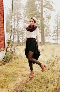 If only I had my skirt in the fall/winter. This would've been perfect. <3.