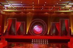 A 'London Thumakda' Bollywood style sangeet night decor for Neema and Vinit Photo Courtesy: Oragraphy Desi Wedding Decor, Goa Wedding, Wedding Stage Design, Luxury Wedding Decor, Wedding Stage Decorations, Wedding Mandap, Wedding Venues, Trendy Wedding, Wedding Backdrops