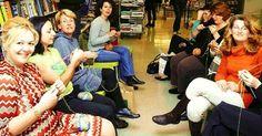 Εδώ θα βρεις τους πιο συνηθισμένουςόρους πλεξίματος με βελόνες στα Ελληνικά και στα Αγγλικά.Μέσα στις παρενθέσεις θα βρεις και τις σ... Character Shoes, Knit Crochet, Elegant, Knitting, Blog, Pictures, Style, Fashion, Projects