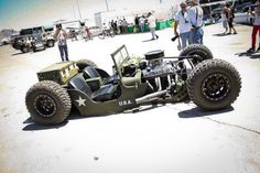 WTF? Army Jeep/Rat Rod/Rock Crawler... Cool idea.