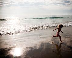 Sandy Souvenirs: Five Beach Crafts Using Natural Materials