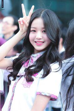 eyefakes at DuckDuckGo Kpop Girl Groups, Kpop Girls, Sweet Girls, Cute Girls, Jang Wooyoung, Japanese Girl Group, Grunge Girl, Kim Min, Sexy Asian Girls