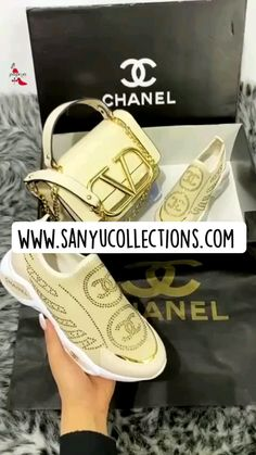 Chanel Shoes, Coco Chanel, Chanel Ballet Flats, Luis Vuitton Shoes, Louis Vuitton, Summer Boots, Winter Boots, Gucci Boots Mens, Chanel News