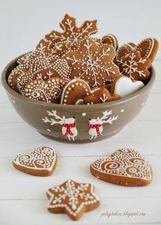 Pierniczki - Gingerbread cookies