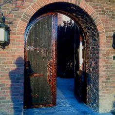 Ancient Tuscan Villa/Castle Gate
