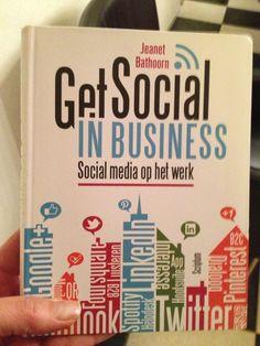 Twitter / moniqueotgaar: Dank je wel @JeanetBathoorn voor je boek Get Social in Business en je wensen.