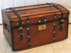 Antique ca.1860 JENNY LIND Stagecoach Trunk
