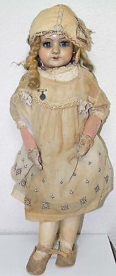 MU077-ANCIENT-DOLL-PORCELAIN-AND-WOOD-NEEDS-RESTORATION-SPAIN-20-039-s