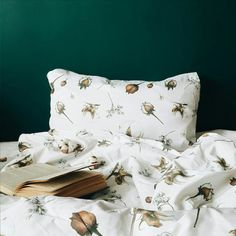 Don't you know that this is one of a kind bedding?  This print was made specially for KARAMBA by a famous illustrator Lilit Sarkisian. It can be both - baby and adult bedding.  I love this pattern 😍