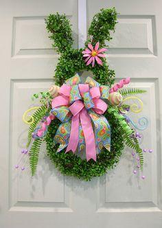 Boxwood Rabbit Wreath – MilandDil Designs