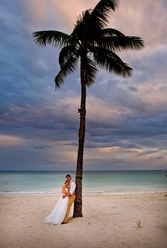 South Beach, located next to the Southernmost on the Beach, is a picture-perfect setting for anyone planning a destination wedding in Key West.