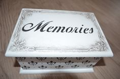 Small memory box Handmade Decorations, Different Colors, Unique Gifts, Memories, Ornaments, Box, Pattern, Home Decor, Memoirs